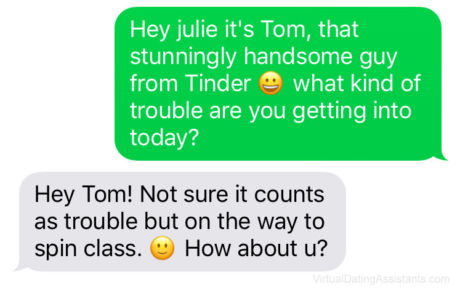 How To Text A Girl You Met Online (And Get Her To Meet You In Person)