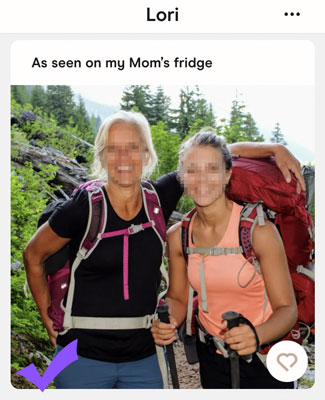 example of a Hinge pic that signals you're outdoorsy
